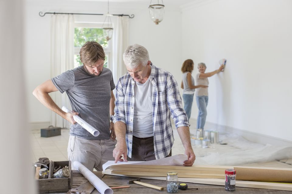 Family-home-renovation-GettyImages-513438249-58a0e0803df78c4758055c1a